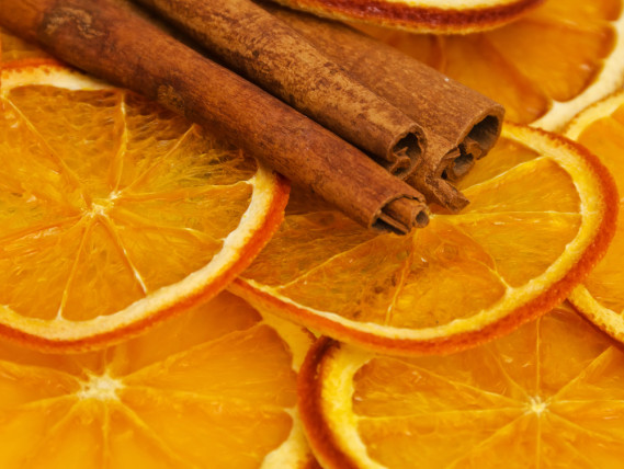 orange slices cinnamon sticks potpourri